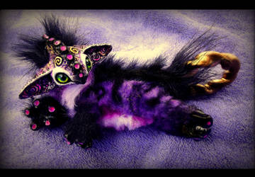 --Sold-- Ring tail Baby Plum Dragon! by Wood-Splitter-Lee