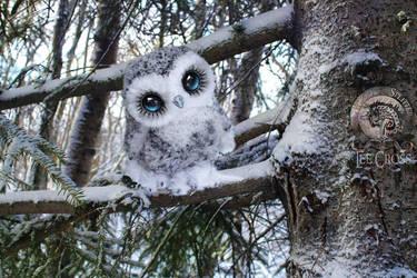 Sold, Poseable Snowy Owl! by Wood-Splitter-Lee