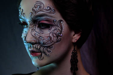 Beautiful Dead by KlairedeLys