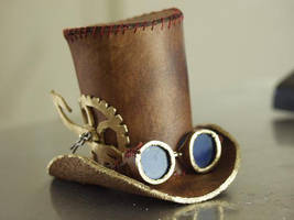 steampunk tophat by littlelazydragon