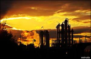 Industrial Sunset . by Estruda