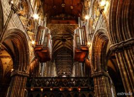 Glasgow Cathederal by Estruda