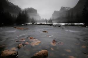 Misty Valley by porbital