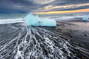 Blue Ice by porbital