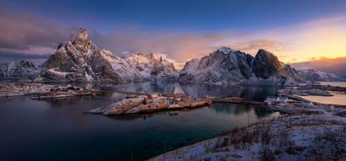 Lofoten Grand View by porbital