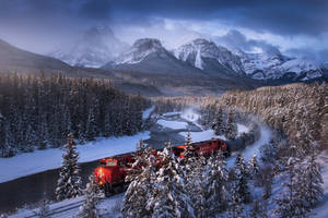 Polar Express by porbital