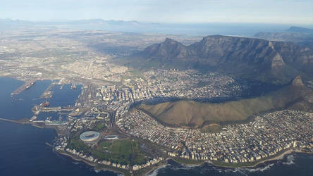 Cape Town from the West by rainbowthedragon
