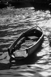sinking or not sinking by beloutte