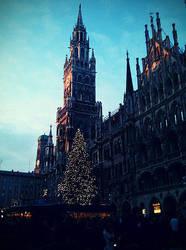 Munich Rathaus by Thpx