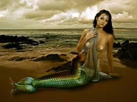 Beached Mermaid by yalanrei