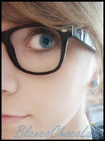 she was a nerd by BlancoChocoLate