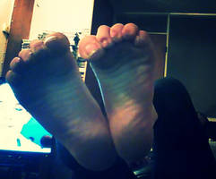 More dirty feet by pazza9