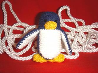 Amigurumi penguin by VosmajaMarta