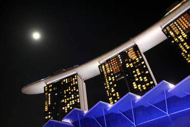 Marina Bay Sands by chewygummies