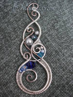 Swirly Pendant by ChloeLB