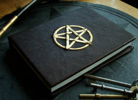 Small pentagram book by the-tenebrus