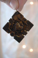 Rustic Companion Cube Keychain by OcularFracture