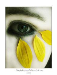 Petal Dreaming by tangledseaweed