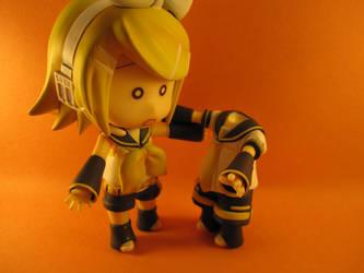 Um... Len..? by MidnaXX-231