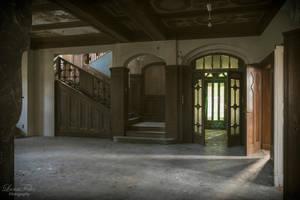 Villa Marbre by LunaFeles
