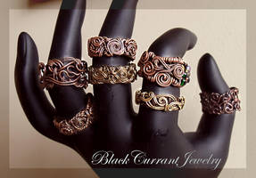 Antiqued Wire Rings by blackcurrantjewelry