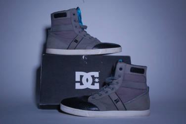 DC Shoes by MeekaTheMonkey