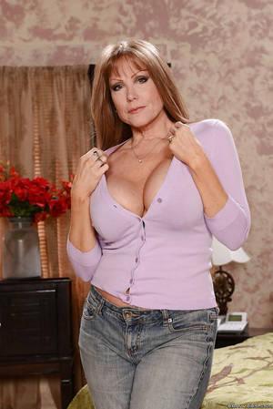 Sexy mom and slut casting