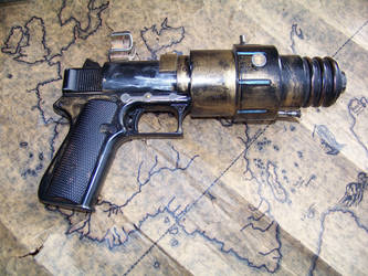 Steampunk Ether Pistol by dtbt
