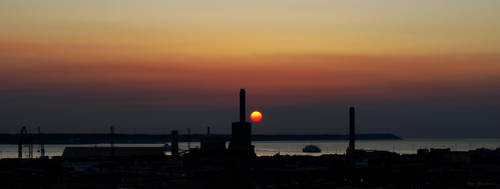 Urban Sunset by Sunrobot