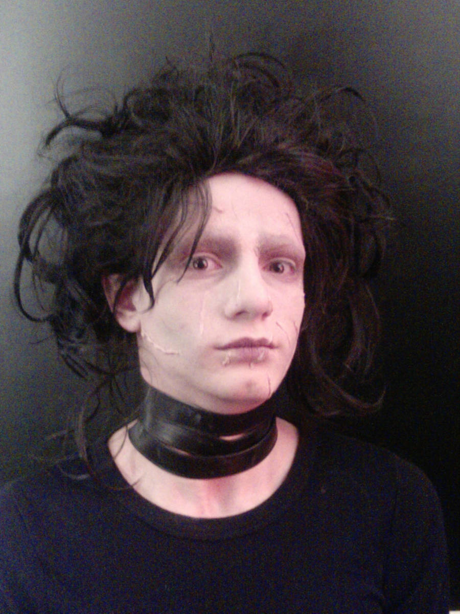 Edward Scissorhands Makeup by punkd-pyroshadow