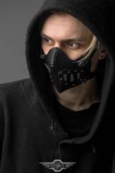 Traitor leather half-mask by LahmatTea