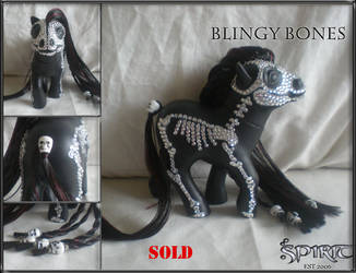 Blingy Bones by spiritimvu