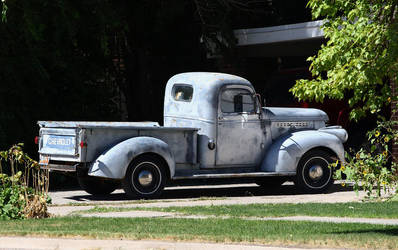 Primered Chevy pick-up by finhead4ever