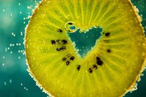 Kiwi. by ambersome