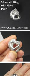 My Little Mermaid Ring Set with Dark Grey Pearl by GeshaR