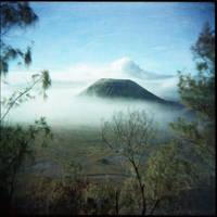 Mystic volcano by kosmobil