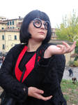 Edna Mode (The Incredibles) Lucca Comics 2018 by Groucho91