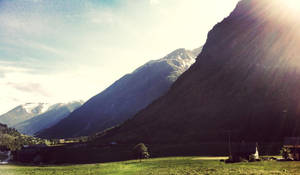 Mountains of Norway by dyb