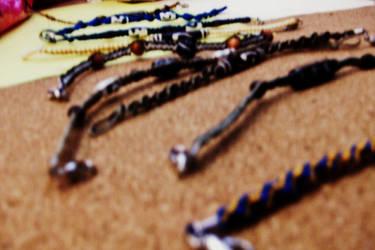 Fair: Macrame Bracelets by ArcherKitteh