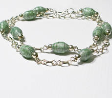Chain Green Paper bead by secrets-of-the-pen