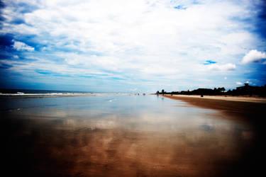 Glossy Beach by richardxthripp