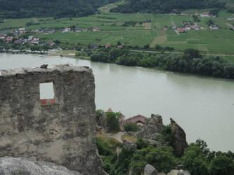 Castle Ruins by Pauper-Circumstance