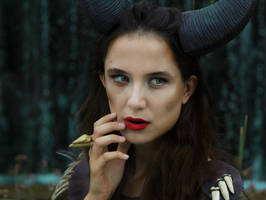 Maleficent Cosplay by arijana1988