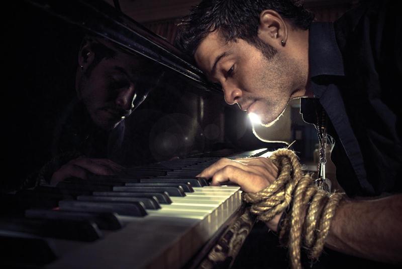 Piano 1 by Monocoello