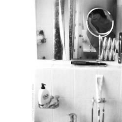 Voyeur in girls bathroom VI by extrique