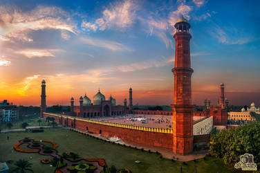 Delicacy of Mughal Architecture by aliawais