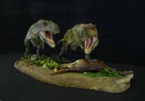 Tarbosaurus with dead Therizinosaurus by Baryonyx-walkeri