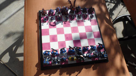 Starcraft 2 Zerg Chess Set High Detail by StitcheyIncorporated