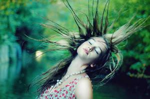 beautiful soul by LauraZalenga