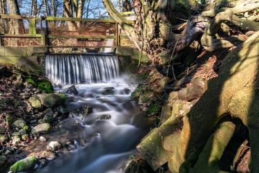 waterfall by Kallunke